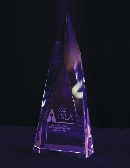 36edaa1eb73 (ISC)² offers several awards to recognize the people that make a difference  in this ever evolving industry
